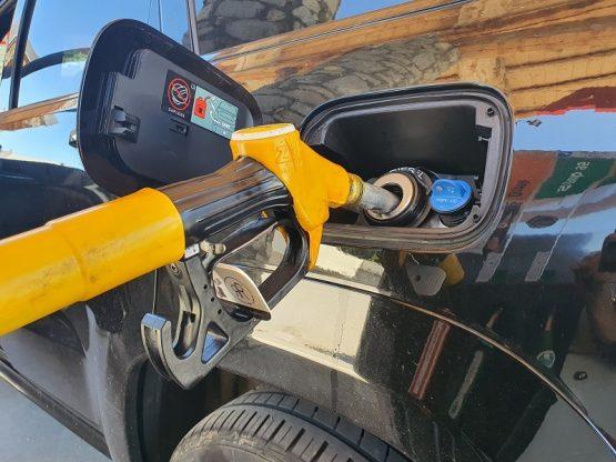 cale pour pompe à essence signée rodol'f le rouleau multifonction